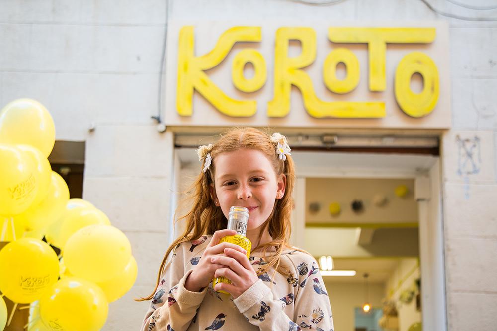Rótulo de la zapatería infantil Koroto